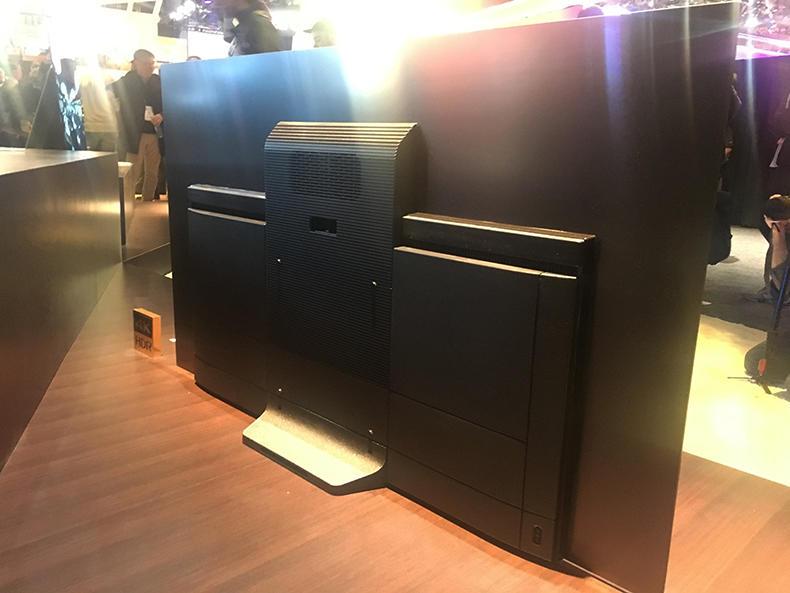 CES 2018 – A tu per tu con il bellissimo TV OLED Sony KD-65AF8