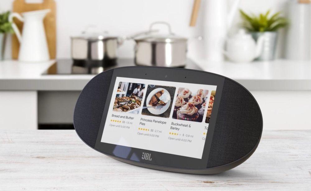 Gli speaker ibridi Google Smart Displays arrivano a luglio