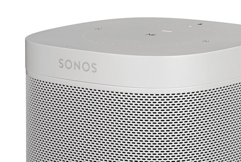 Sonos One vs. Amazon Echo Studio: la sfida degli smart speaker