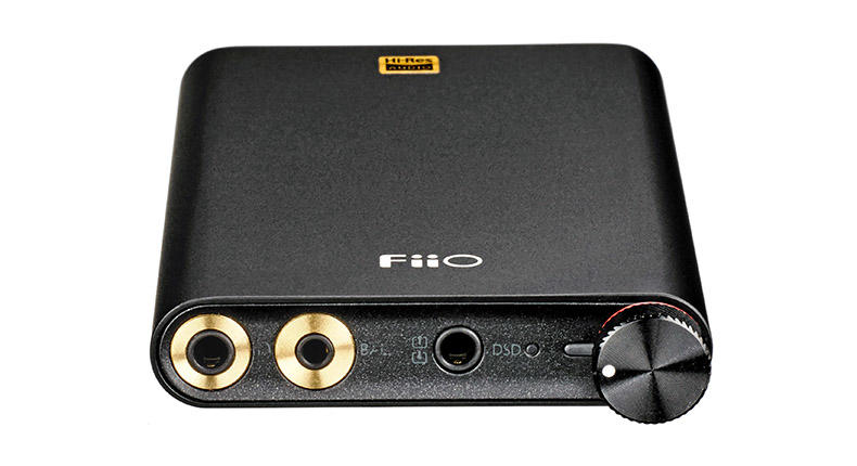 FiiO Q1 Mark II: il DAC portatile amico di iPhone convince a metà