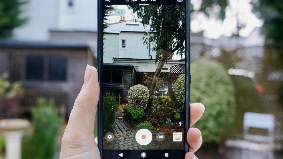 Samsung Galaxy S9 vs Sony Xperia XZ2: la sfida dei campioni Android