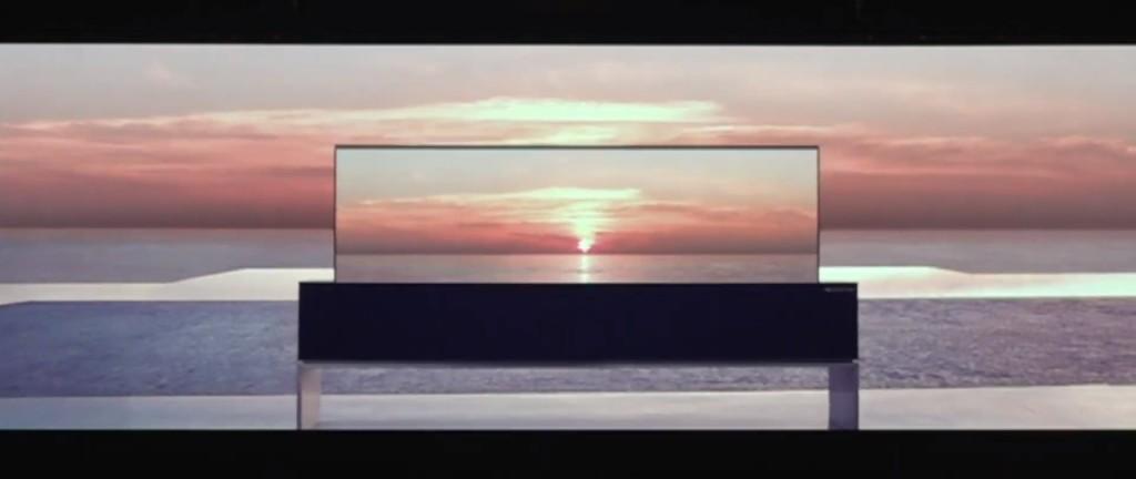 CES 2019: LG svela l'OLED avvolgibile