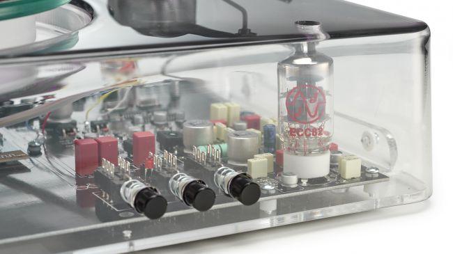 Gearbox Automatic: il giradischi trasparente che non convince