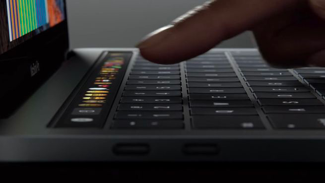 Apple: nuovi MacBook Pro e nuovo monitor LG Ultrafine 4K