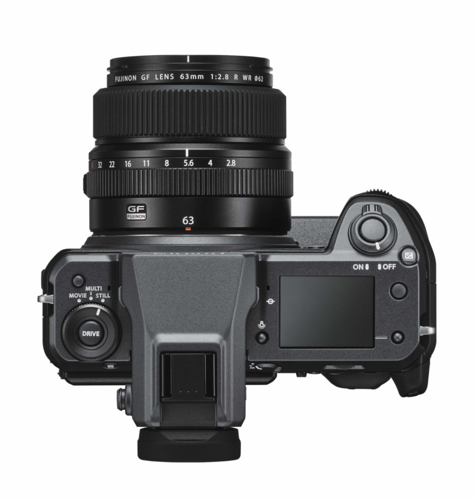 Fujifilm GFX 100: arriva la mirrorless Large Format