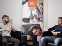 intervista JBL Harman audio connesso