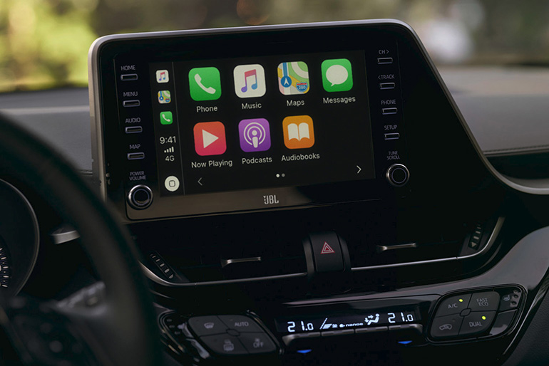 Nuova Toyota C-HR: più connessa e più Hybrid