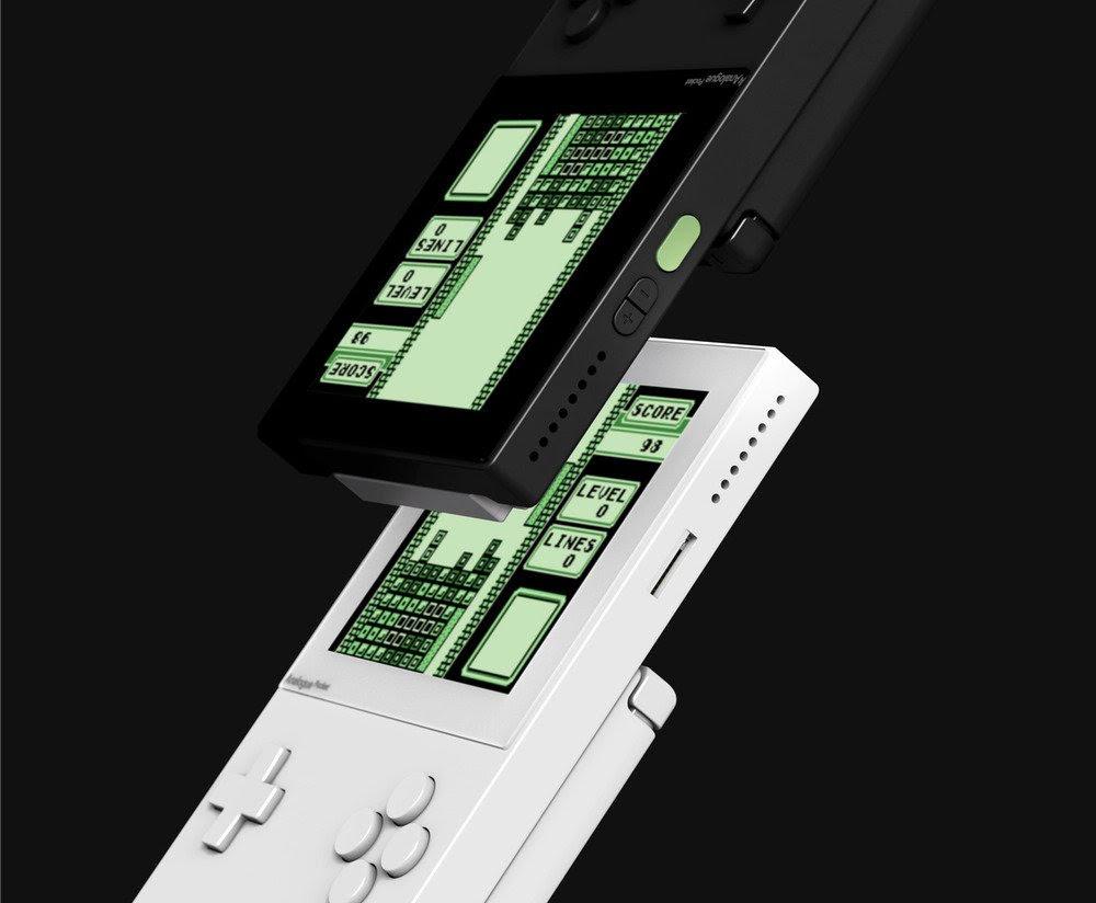Analogue Pocket: quando il retro gaming si fa portatile