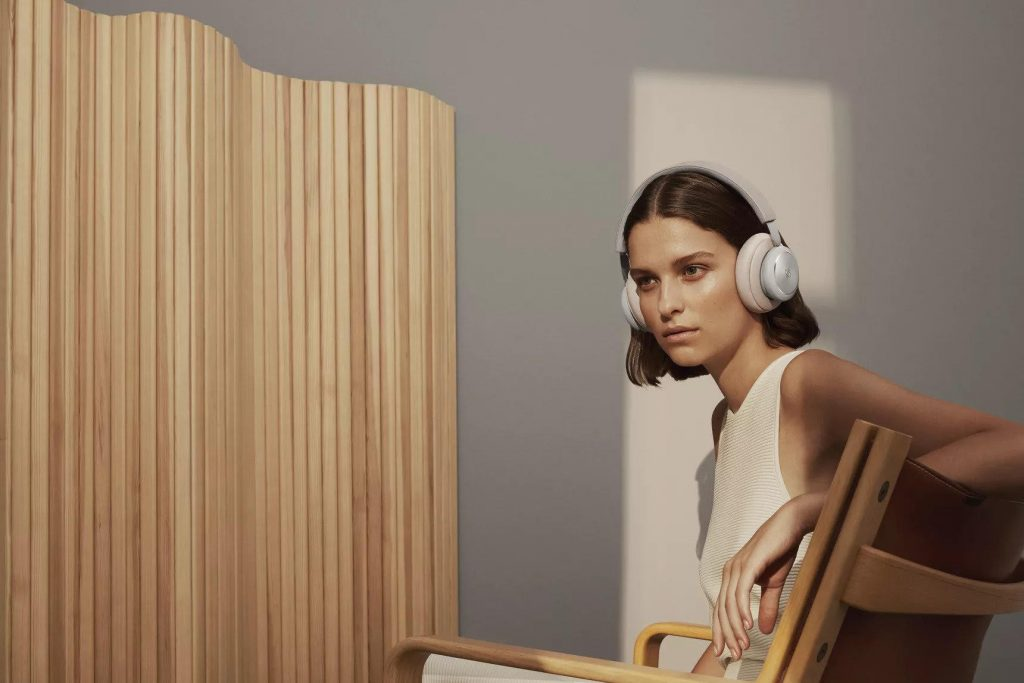 Bang & Olufsen aggiorna le cuffie wireless Beoplay H4