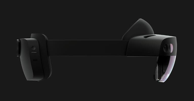 Microsoft HoloLens 2 è disponibile: sarà una svolta per l'AR?