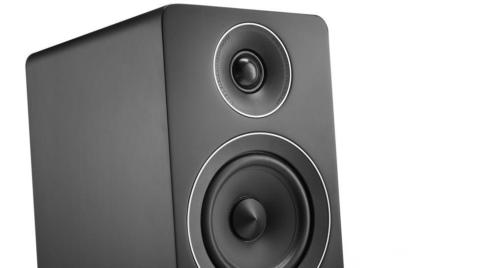 Diffusori da pavimento Acoustic Energy AE120 – La recensione