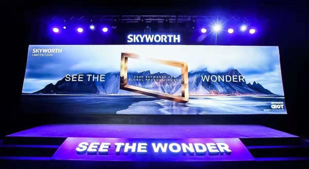 CES 2020: Skyworth pensa in grande tra TV 8K e OLED wallpaper