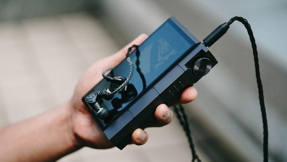 "Astell & Kern Kann Cube: l'audio ad alta risoluzione si fa ""pesante"""