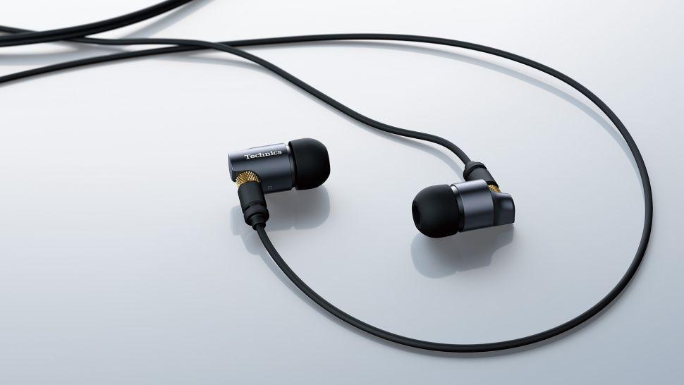 Technics EAH-TZ700: auricolari premium super raffinati