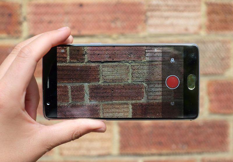 OnePlus 3 contro Galaxy S7