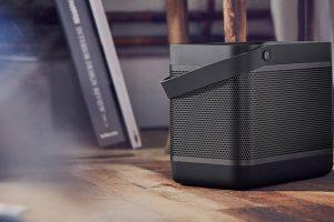 B&O Play Beolit 17,  lo speaker Bluetooth che suona per tutta la giornata